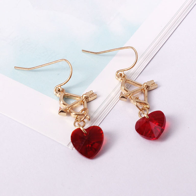 Fashion jewelry Crystal hearts delicate love Girl beautiful earrings Fashion girl beautiful Peach heart earrings Arrow stud earr ...
