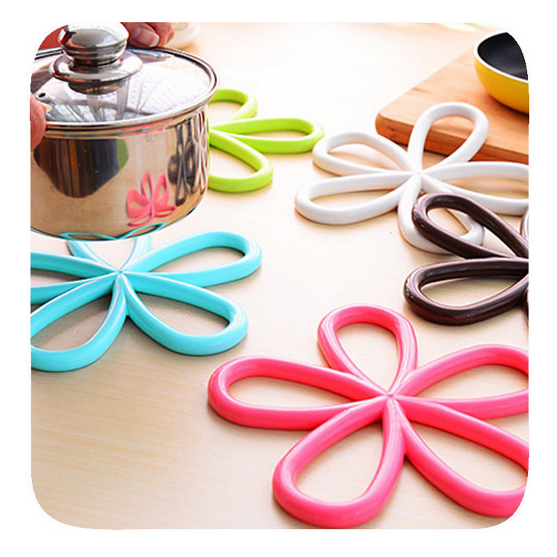 Keythemelife 1PCS Silicone Flower Anti Slip Cup Mat Insulation Pad Dish Bowl Pan Placemat Kitchen Accessories 2C