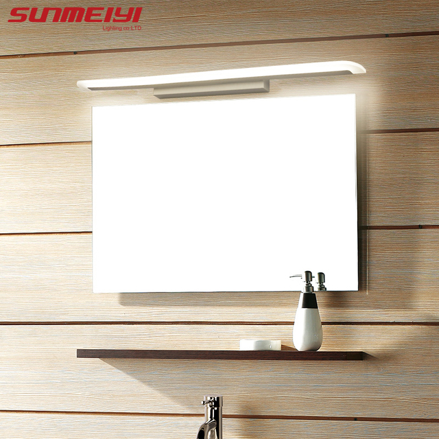 Moderne Acrylique LED avant miroir lumière salle de bains maquillage ...