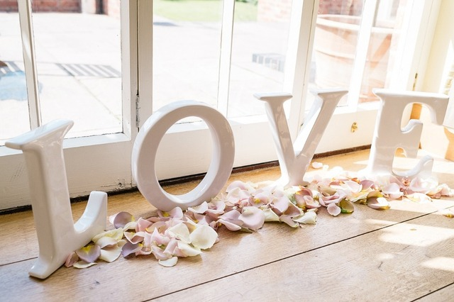 Free Shipping Love Wooden Letters Wedding Initial Signs Personalized Table Decoration