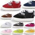 Romirus 2017 new soft moda mocassins sapatos recém-nascidos do bebê menino menina Berço Calçados Pré walker Criança Rendas Até Loafer Ao Ar Livre sapatos