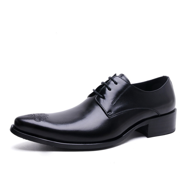 2017 Latest Men's Shoes Genuine Leather Lace Up Dress Oxfords Wedding Party Shoes Basic Style Pointed Toe Carved Flower EU37-44 customize italian style handmade men s carved genuine leather shoes goodyear round toe lace up dress wedding prom oxfords shoes