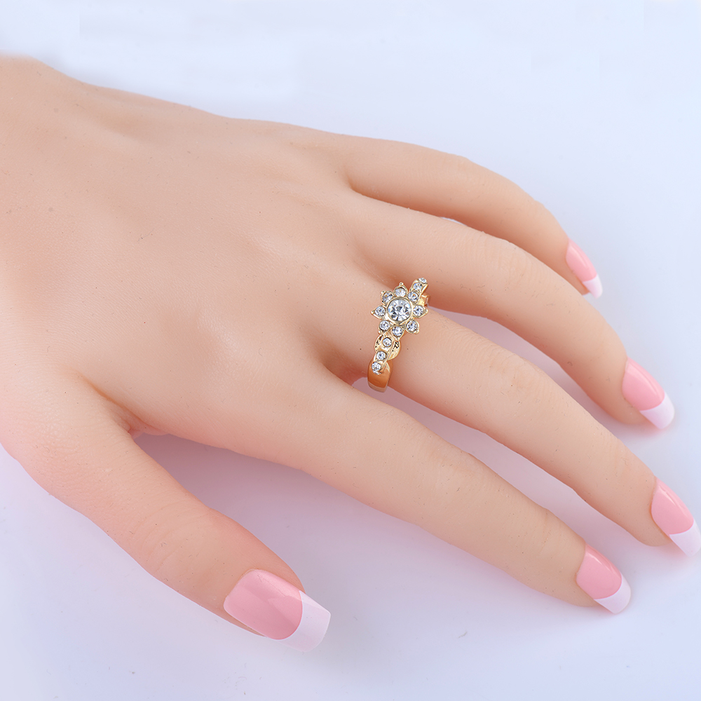 ̿̿̿(•̪ )Fashion Wedding Ring Unique Carved Silver big glass Flower ...