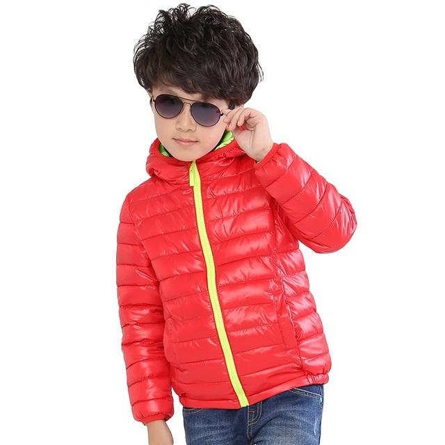 2016 Com Capuz Meninos Meninas Casaco de Inverno crianças down & parkas Meninos de Manga Longa Jaqueta À Prova de Vento de Inverno Dos Miúdos Das Crianças Jaqueta 4-10 T