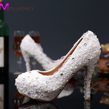 2016 Luxury White Lace Flower Woman Party Purms Shoes High Heels Ladies Shoes Round Toe Pearl Bridal Wedding Dress Shoes