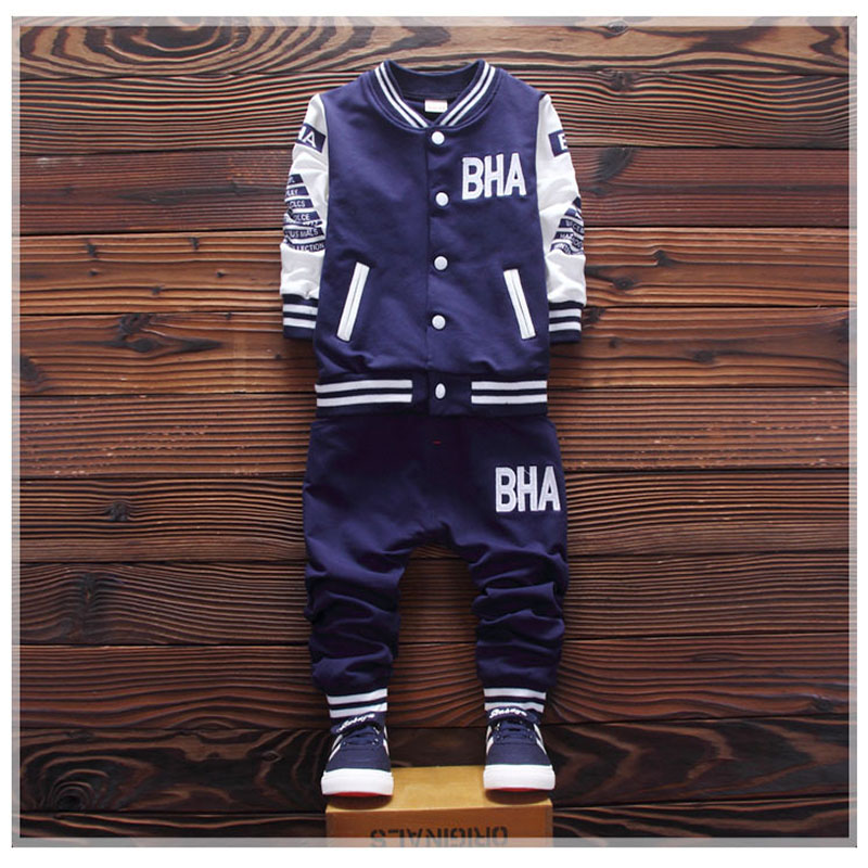 High quality children's clothing set boy long sleeve T-shirt + pants Spring and autumn baby boy sports suit 2-5 years old cotton 2017 new cartoon pants brand baby cotton embroider pants baby trousers kid wear baby fashion models spring and autumn 0 4 years