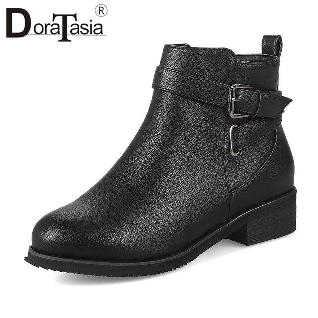 DoraTasia Yeni Varış Sonbahar Kış Çizmeler Kadın Toka Dekorasyon 3.5 cm Med Topuklu Çizmeler Tıknaz kadın ayakkabısı Kadın 32-48