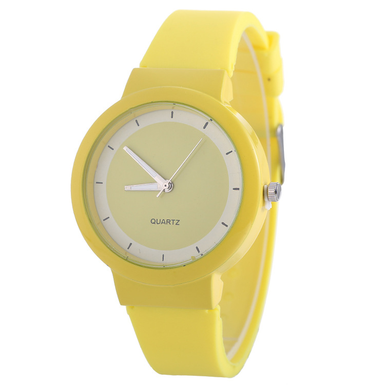2 Pcs Fashion Sports Women Quartz Wristwatches Silicone Waterproof Watches Clock For Lover Yellow Men's Watches Relogio Feminino