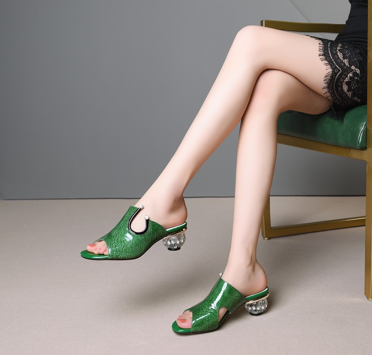 MLJUESE 2019 women slippers Cow leather summer open toe green color crystal heel beaches sandals party