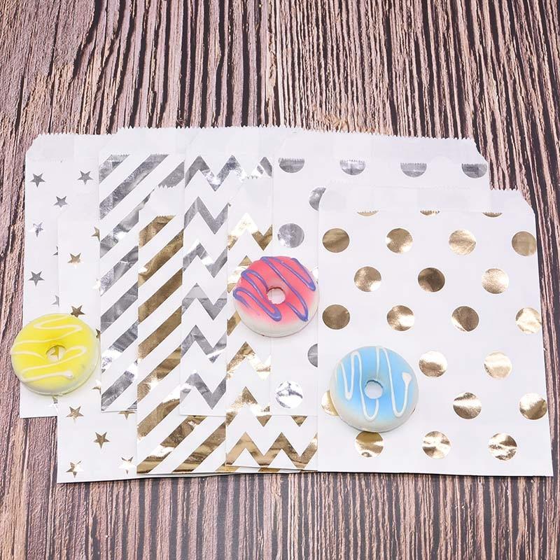 25pcs 13*18cm Chevron Treat Craft Paper Food Packaging Paper Bag Wedding Party Favor Foil Gold Silver Candy Gift Bag Popcorn Bag