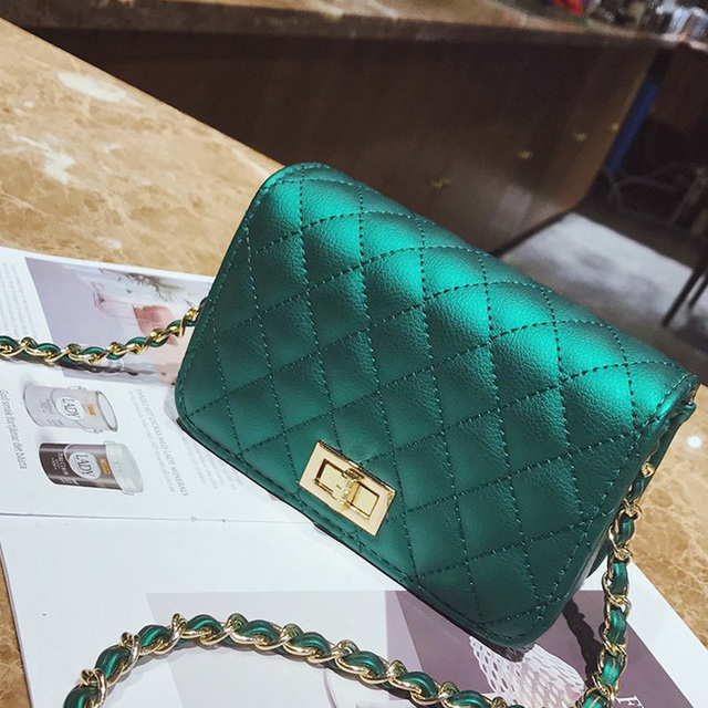 Women Bag Female Handbags Leather Over Shoulder Bag Crossbody Quilted Chain Diamond Red Small Flap Lock Fashion Sling Lady Bags 4