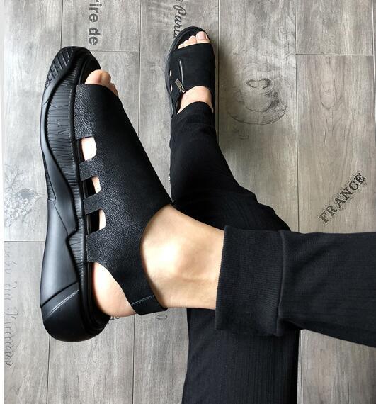 Sandales en vrac pour hommes loisirs Style hommes vache Rome gladiateurs chaussures noiresSandales en vrac pour hommes loisirs Style hommes vache Rome gladiateurs chaussures noires