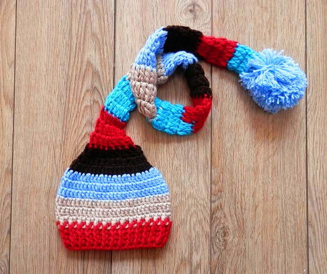 551b089a9 US $7.2 20% OFF|szie:0 1m,3 4m Christmas santa stocking hat , baby handmade  crochet elf hat. baby stripe long tail hat Newborn photography prop-in ...