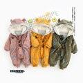 2016 Новое прибытие осень и зима ребенка ползунки мальчиков и девочек в целом комбинезон звезда печати одежда для новорожденных розничная