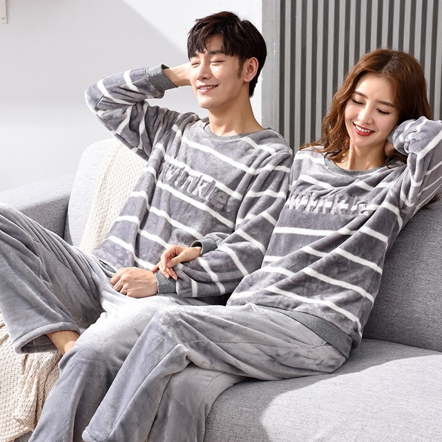 New couple flannel pajamas sets women s winter coral fleece warm pajamas  mens winter home suits thicken plus velvet 2 pieces set b39426ec8