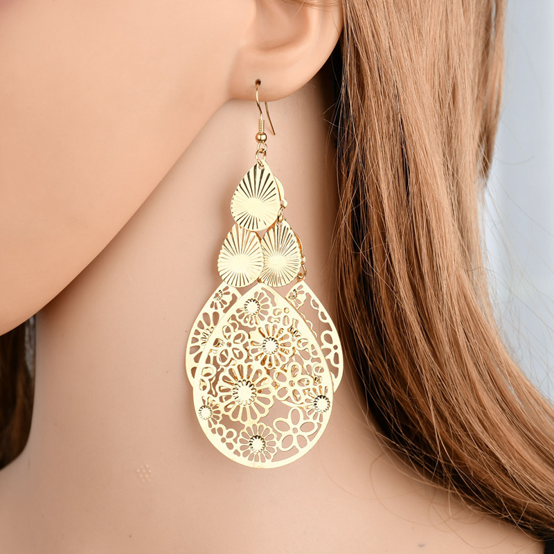 Personalized wild fashion exaggerated multi-level retro style metal fan-shaped temperament long earrings