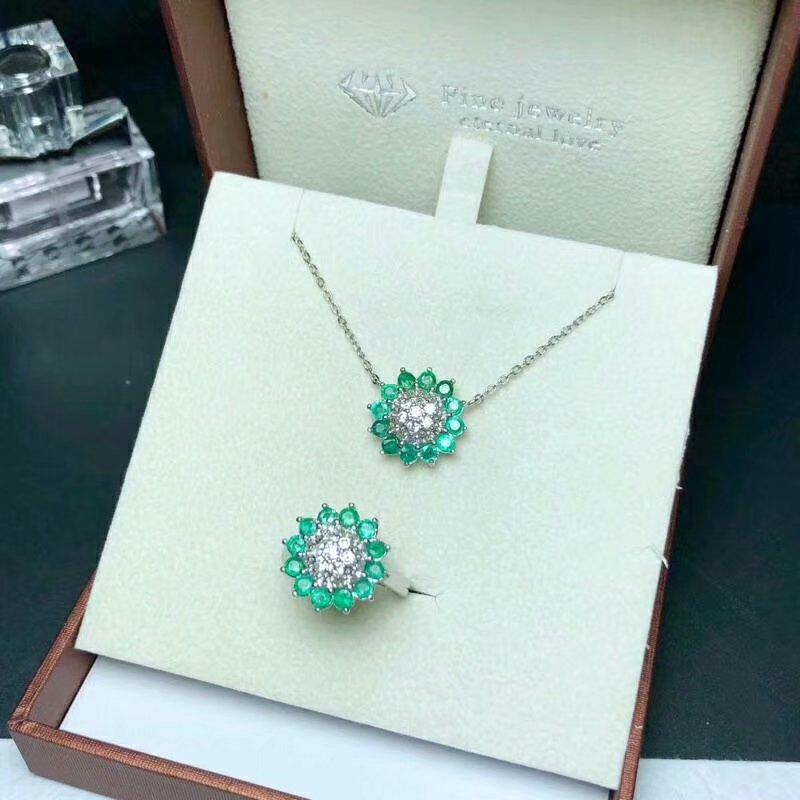 Здесь можно купить  SHILOVEM 925 sterling silver Natural Emerald rings pendants classic fine Jewelry wedding women new wholesale btz030303agml  Ювелирные изделия и часы