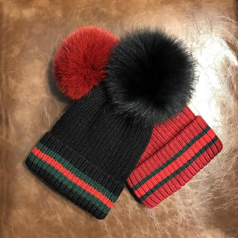Sombreros de invierno caliente para las mujeres natural fox raccoon fur  pompon sombreros de lana f6cc7e87611f