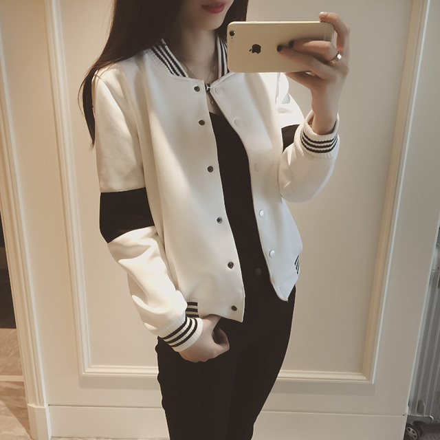 2017 Spring style black and white color block casual baseball shirt short jacket female Covered button women coat cardigan