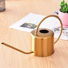 زجاجة مياه صغيرة مسقاة من الفولاذ المقاوم للصدأ للحديقة الذهبية 1300 مللي مقبض سهل الاستخدام مثالي لسقي النباتات