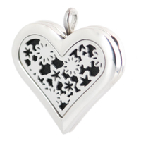 Amya 36mm Heart Star and Moon Aromatherapy Essential Oils Stainless Steel Perfume Diffuser Locket Necklace with chain Pads