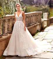 Hot V-Neck Lace Wedding Dresses A-Line Appliques with Court Train Long Bridal Gown Sexy Back Wedding Gown
