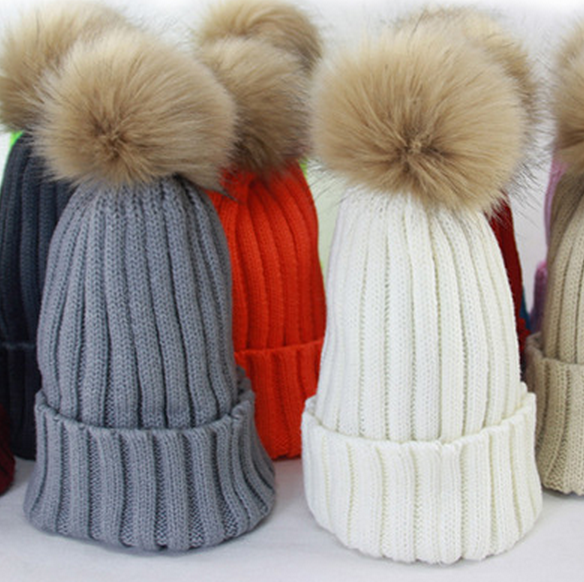 Autumn Winter Beanies Hat knitted Skullies Real Raccoon Fur Pom poms Pompom Casual Cap For Women Kids Ski Gorro Removable Snaps sparsil women winter raccoon fur ball hat femal autumn skullies beanies knitted cap pompom decoration casual crochet caps