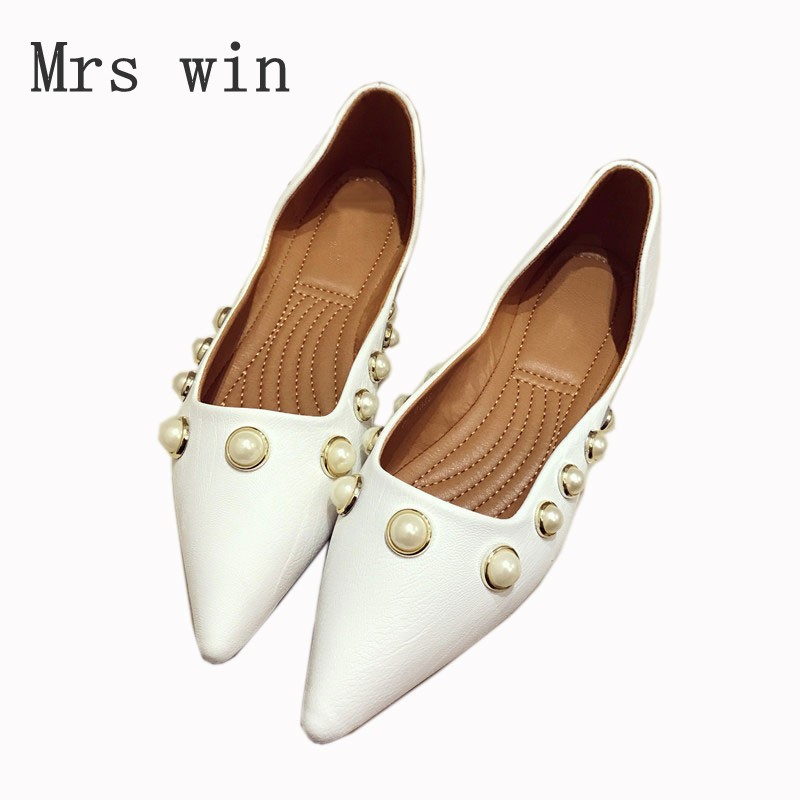 Fashion Brand Women's Shoes Woman Slip On Flats Ladies Pearl Single Shoes Pointed Toe Soft Driving Footwear Black Zapatos Mujer new arrived vintage bowknot women single shoes pointed toe ballet flats flat fashion slip on shoes woman footwear size 35 39