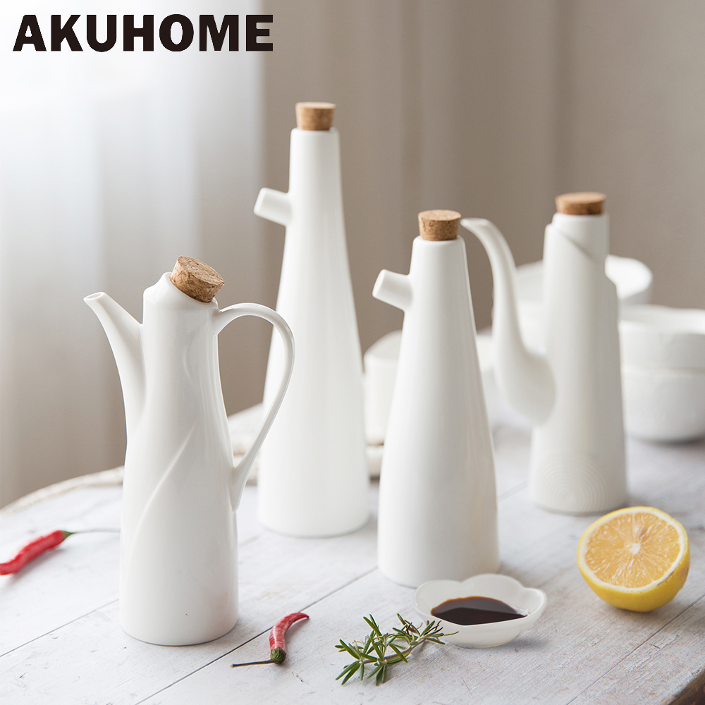 Ceramic Gravy Boats Porcelain Olive Oil Pot Soy Sauce Vinegar Seasoning Can Oil Bottle Kitchen Cooking
