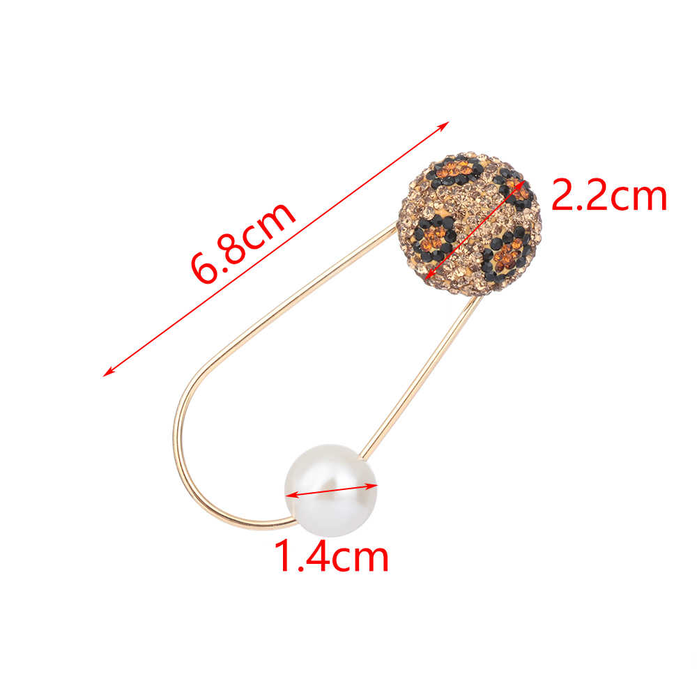 Fixed Straps Anti Slip Pin Korean Simple Pearl Brooch Women's Accessories Cardigan Anti Wearing Pins Enamel Pin Leopard Print