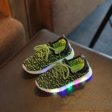 LED Basketball Shoes for Kids Sports Shoes Children Boy Sneakers Running Shoes Girls Boys Shoes for