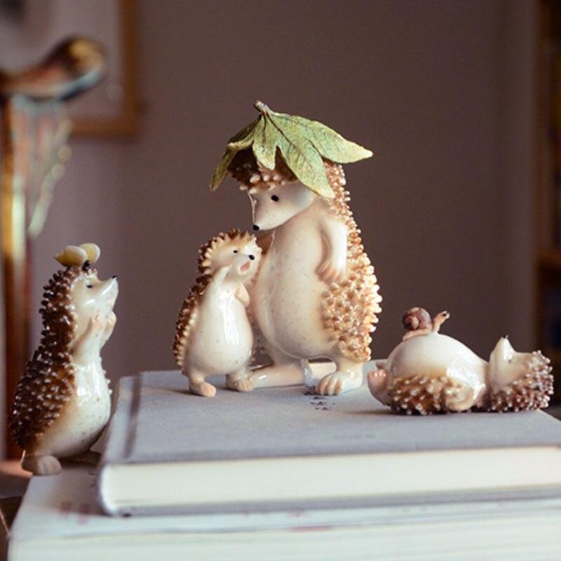 Cute Fairy Garden Miniatures Decor Hedgehog And Snail Living Room Resin Desktop Decor Crafts Creative Ornaments Gift Supplies P1