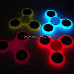 Tri spinner glow in dark fidget spinner luminous edc hand spinner abs plastic puzzles for adhd.jpg 250x250
