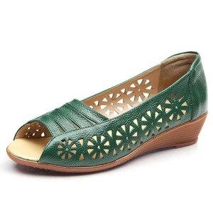 Image 5 - Yeni 2019 kadın flats rahat hakiki deri ayakkabı yumuşak kadın düz sandalet açık ayak kadın yaz ayakkabı