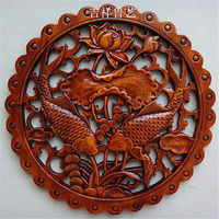 Delicate Round Chinese Traditional Handicrafts Classical Camphor Wood Double Fish Statue Wall Hanging