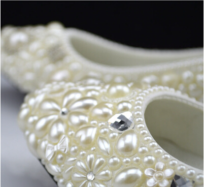 ... Handmade ivory pearl wedding shoes low-heeled and high heels shoes  white dress bridal shoes ... 5173fe9296cd
