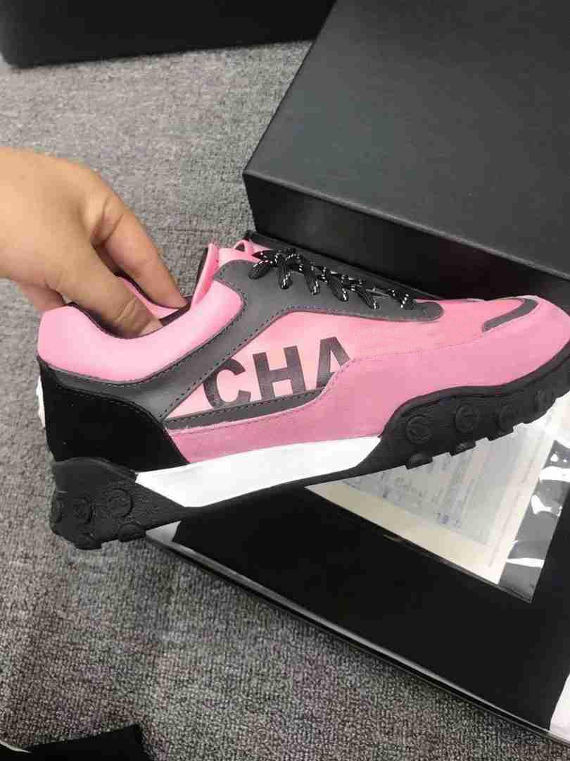 Shoes woman 2019 new color matching four seasons calfskin running shoes casual flat fashion luxury brand pink red women's shoes