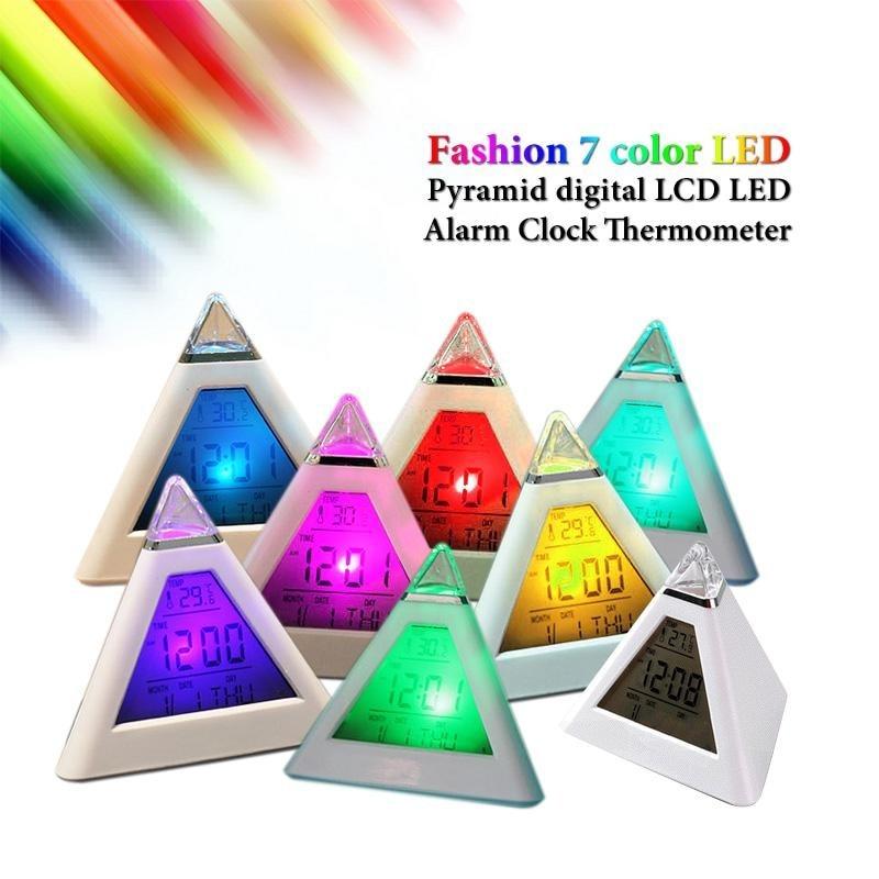Budzik Cyfrowa piramida LED Kolorowy zegar biurkowy Funkcja drzemki - Wystrój domu - Zdjęcie 2