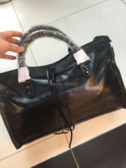 2017 Fashion women bag genuine cowhide skin leather tote women handbag black cowhide skin black stud zipper top quality handbag