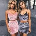 Nuevo Estilo de la Pista de Verano 2017 de Las Mujeres de Dos Piezas Set Sexy Ladies Partido de Terciopelo Camisa corta Y Falda Lápiz Conjunto
