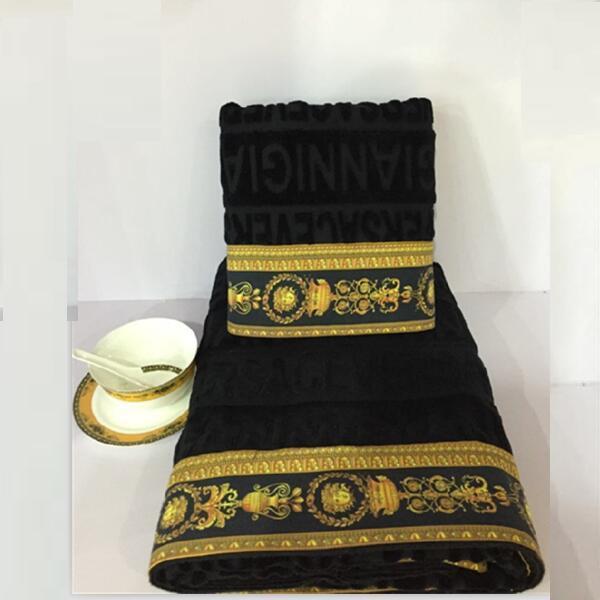 Haute qualité durable europe conception nouveau 2017 épaissir 100% coton noir blanc plaine medusa motif rapide sec corps de bain tour