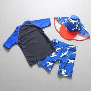 Image 4 - Kinderen Badmode 2019 Zomer Peuter Jongen Badpak Shark Print Twee Stukken Rash Guards Met Cap Kinderen Badpak Strand kostuum