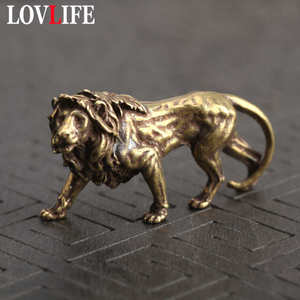 Pure Brass Majestic Lion King Keychain Pendants Vintage Copper Animal Model Key Chains Hanging Car Key Rings Ornament Decoration(China)