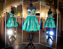 New Charming Emerald Green Ball Gown Lace Beading Crystal Sweetheart Zipper Back Short Prom Dresses For Wedding Party