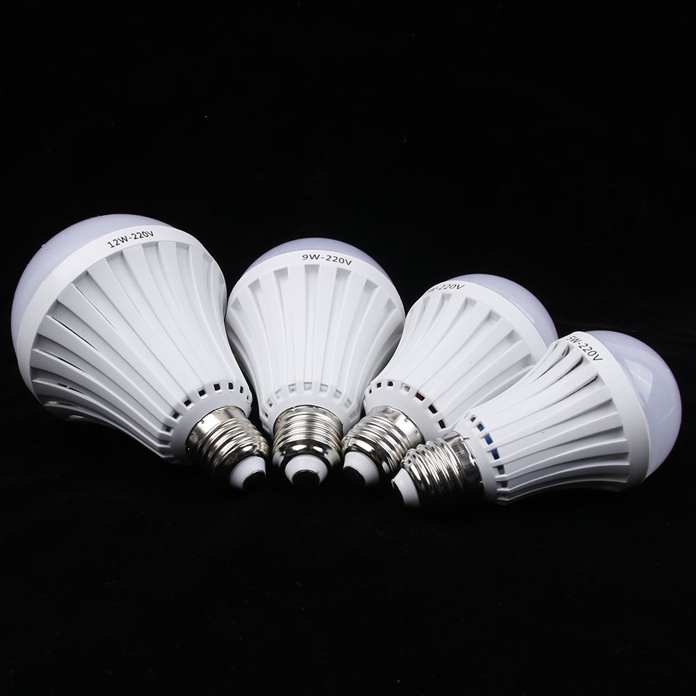 New Smart LED 5W 7W 9W 12W Rechargeable Intelligent Lamp Emergency Light Bulb