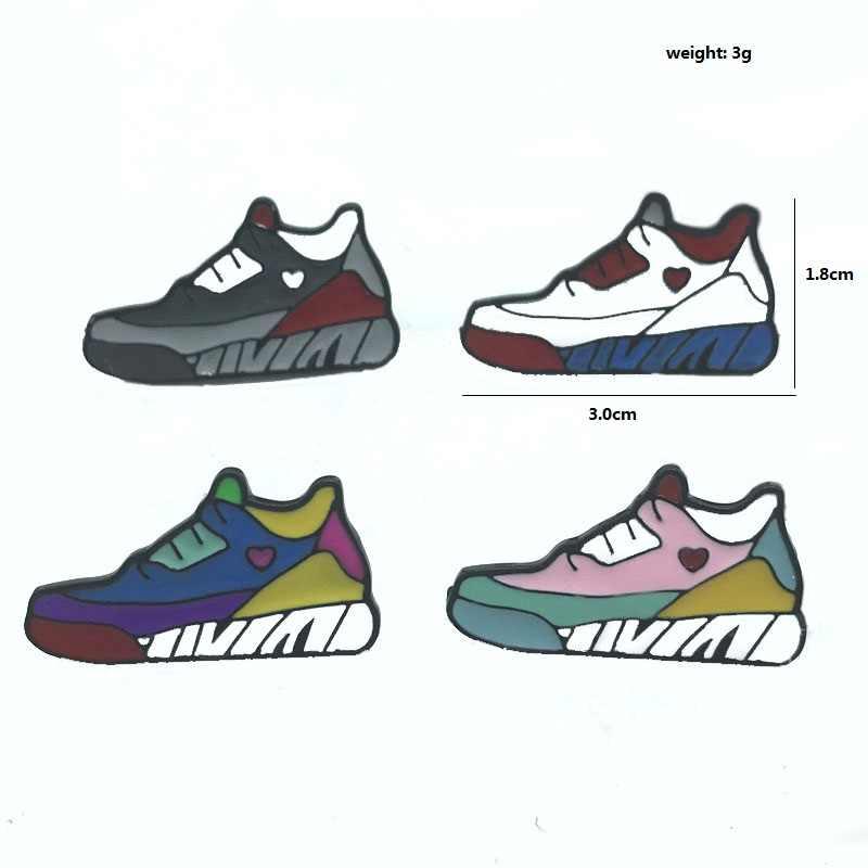 Новая мода четыре стиля цветные кроссовки с героями мультфильмов брошь Молодежная индивидуальность молодых людей как рюкзак с коротким рукавом значок
