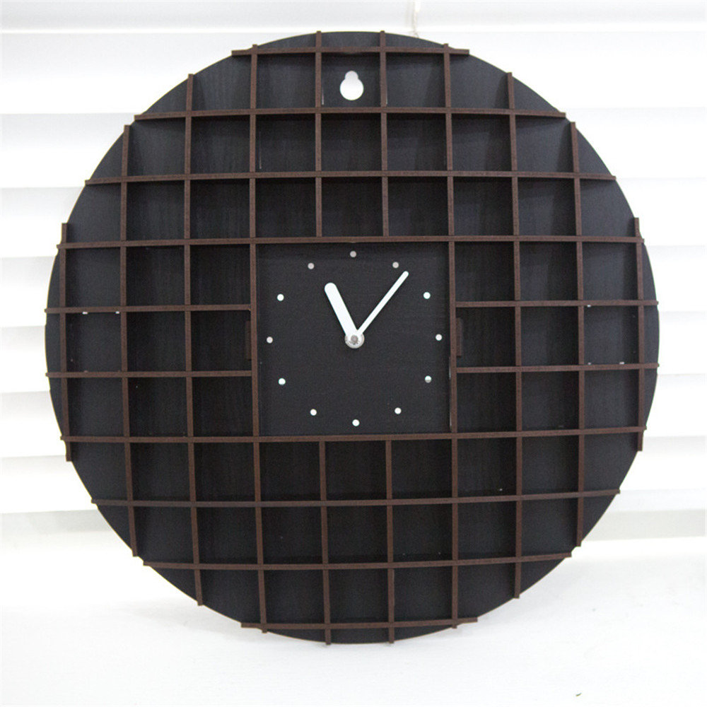 16 Inch Pine Wood Wall Clock Vintage Advanced Unique Exquisite Vogue European Waffles Style Silently Clock For Cafe Home Decor