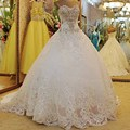 Luxury Ball Gown Wedding Dresses 2017 Rhinestone Crystal Sequins Lace Sweetheart Bridal Gowns with Bow Vestido De Noiva Princesa