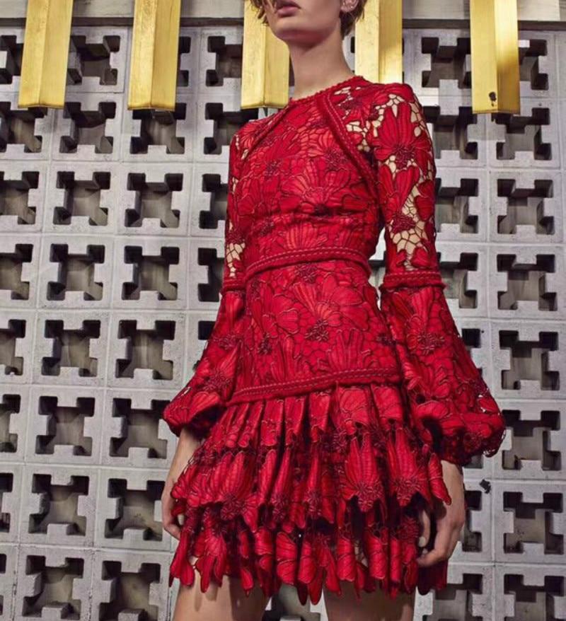 Nouveau femmes Vintage robes de luxe dentelle plissée Floral Sexy évider lanterne manches dames o-cou robe Femme mince Boho Vestido
