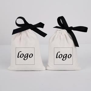 Image 5 - 綿100ジュエリー包装リボンホワイトキャンバス巾着バッグ結婚式の好意バッグパーソナライズされたカスタムロゴシックな小さなポーチ